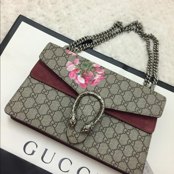 58ef5071c475 Gucci Handbags - Gucci Dionysus Small GG Blooms Shoulder Bag